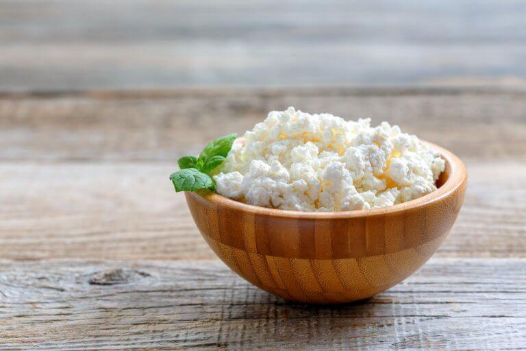 근육량을 늘려주는 맛있는 아침 식사 4가지 코티지 치즈