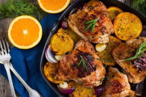 맛있는 오렌지 로즈메리 닭고기구이