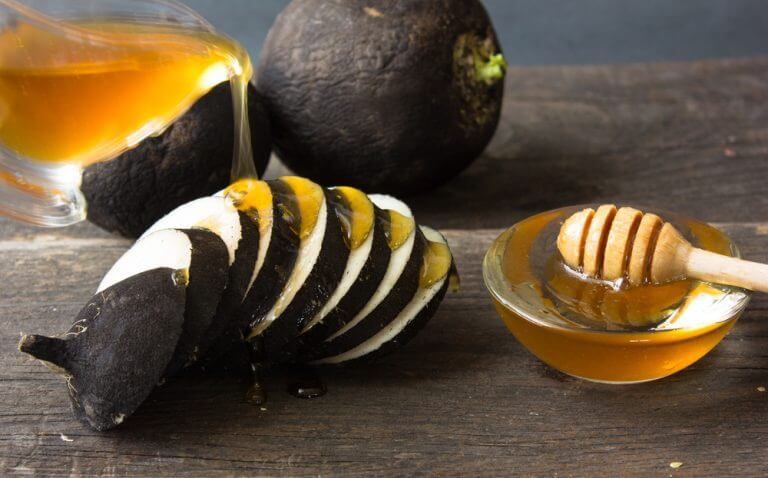 손등 기미를 옅게 하는 8가지 자연 치유법 무와 꿀