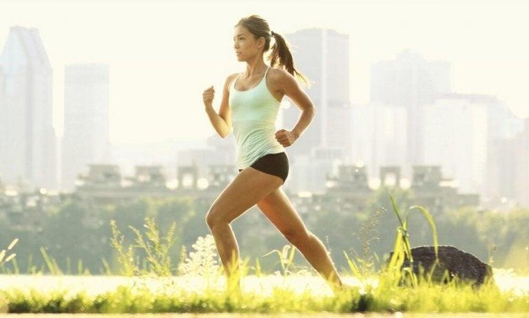 집에서 할 수 있는 갑상선 치료법 5가지  운동