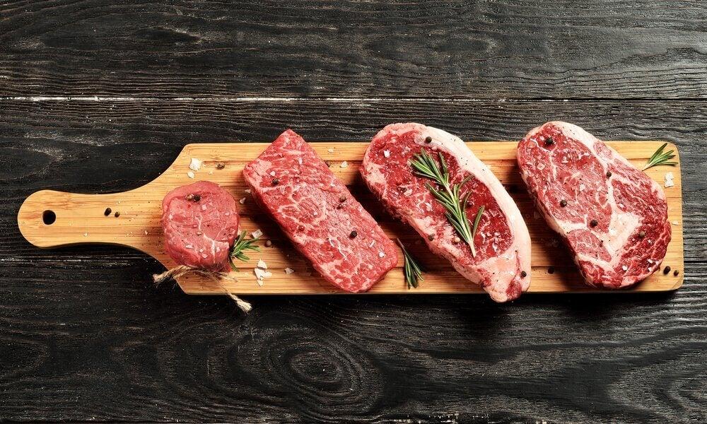 육즙이 살아 있는 고기 굽는 법