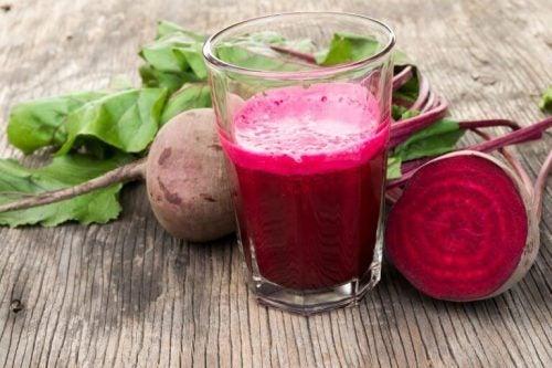 난소낭종을 치료하는 전통 요법, 비트와 당밀