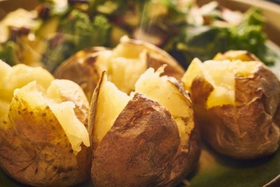 맛있는 구운 감자 요리 5가지