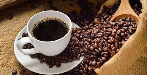 카페인 섭취는 저혈압 치료에 좋다.