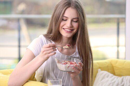 체중 감량을 하려면 아침 식사로 무엇을 먹어야 할까?