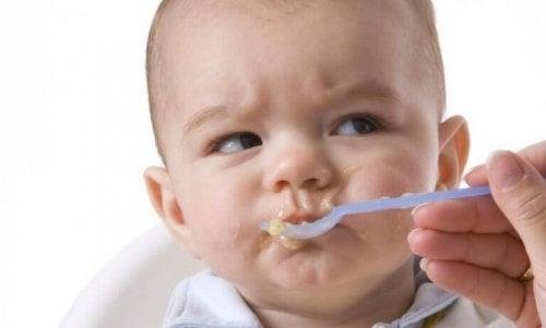 아기에게 해롭고 위험한 식품 4가지