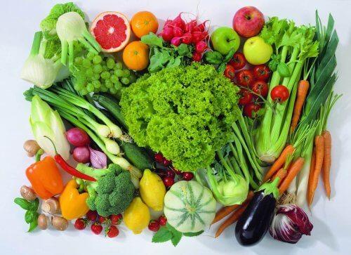 암 발생률을 낮추는 데 도움이 되는 과일과 채소 7선