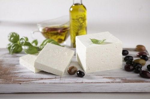 치즈 식욕을 조절하는 최고의 음식들