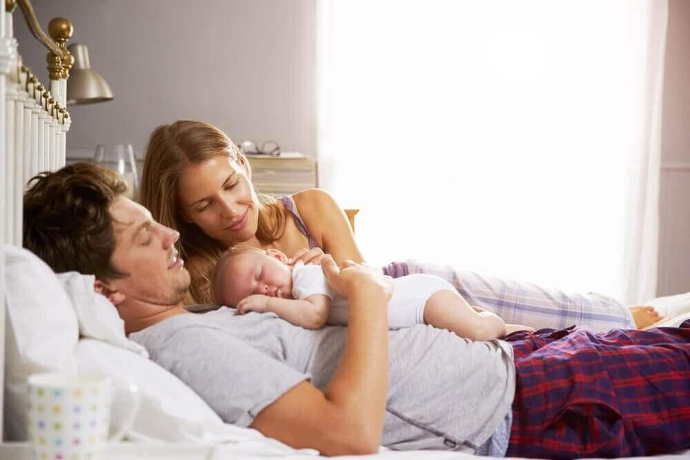 아기가 태어난 후의 커플 생활