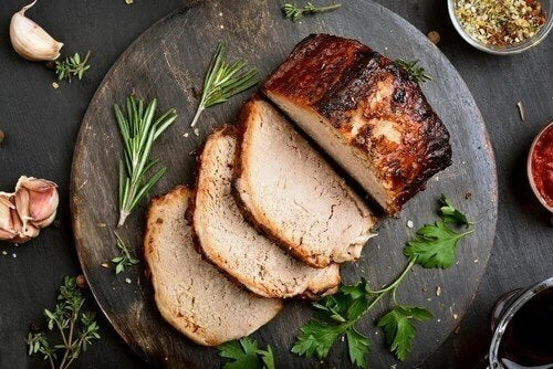 블루치즈를 곁들인 돼지고기 요리 레시피