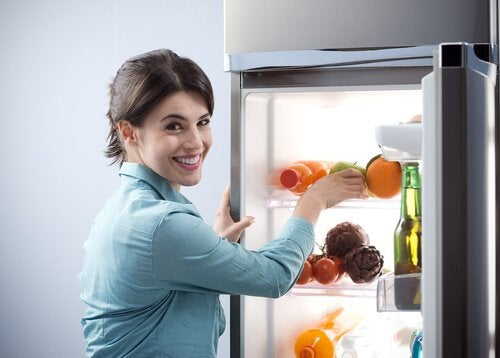 빠듯한 예산으로 건강하게 먹는 방법