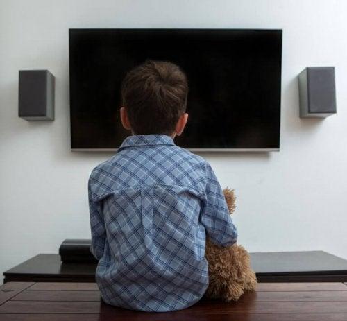 게으른 아이를 둔 부모를 위한 조언: 최고의 해결책은?
