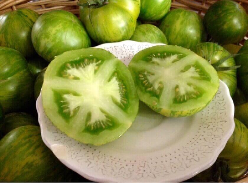그린 토마토 5가지 자연 치유법으로 입술 포진을 치료하자