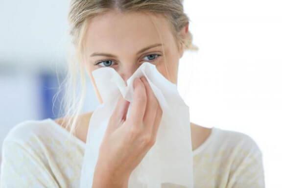 코 막힘을 위한 천연 오일 5가지
