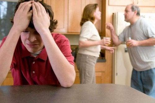 부부 싸움은 엄연히 가정 폭력의 일환이다.