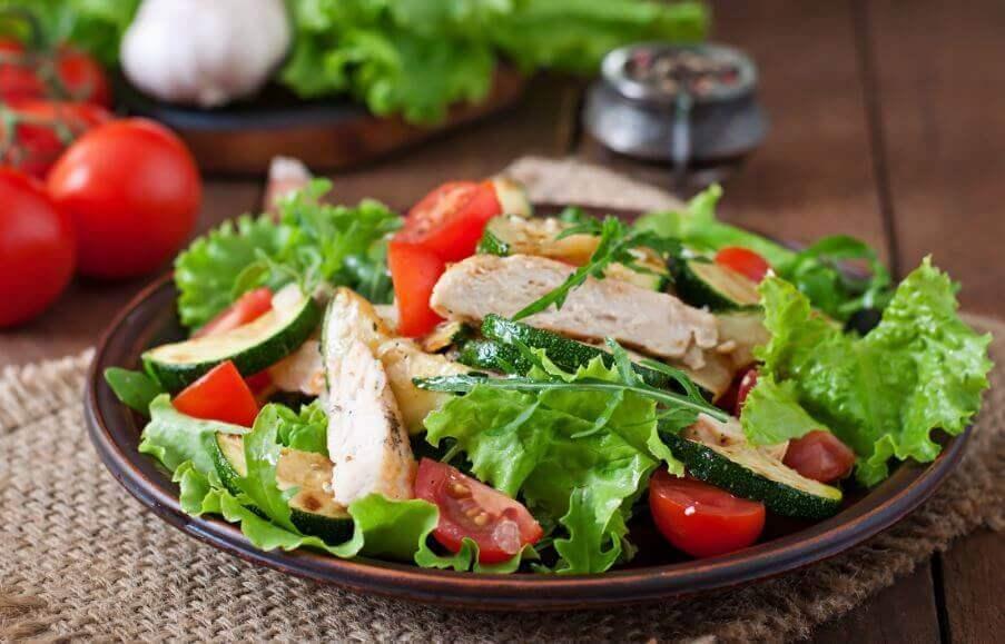 영양가 높은 닭고기 요리를 위한 간단 레시피 3가지