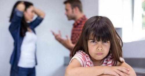 부부 싸움은 자녀에게 신체적인 영향을 초래할 수 있다.