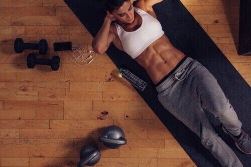 이상적인 체중으로 돌아가기 위한 9가지 방법