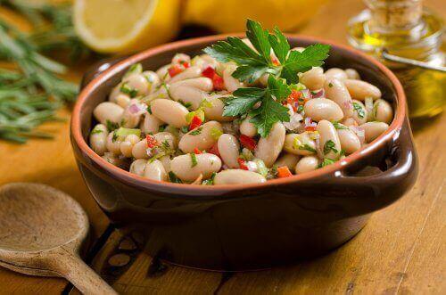 콩 샐러드를 만드는 2가지 방법