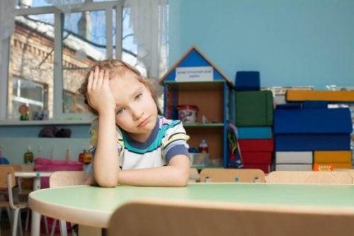 유년기 스트레스를 일으키는 부모