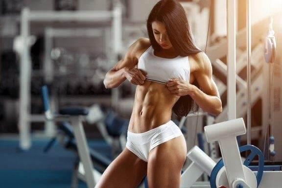 운동을 많이 하는 여성 선수를 위한 최고의 식단