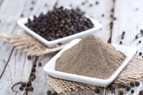 후추는 체지방 연소에 좋은 향신료 중에서도 특히 흔하게 먹는 재료이다.