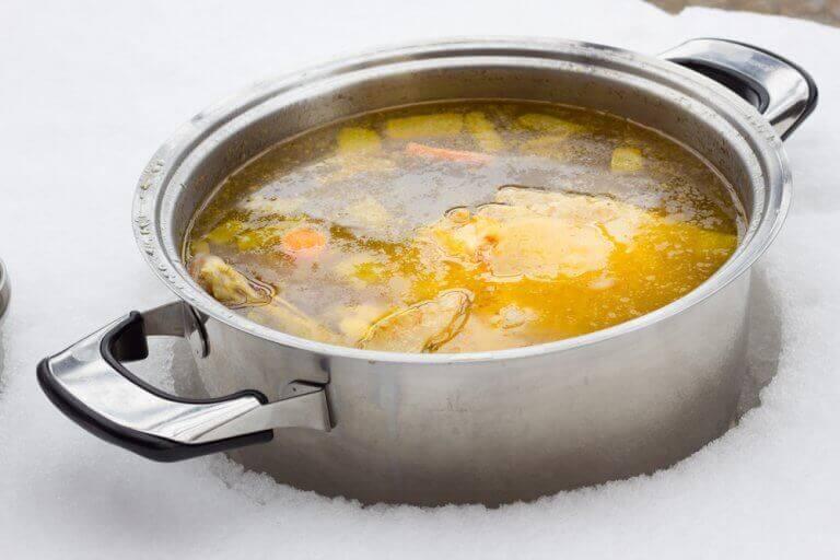 저지방 수프를 만드는 두 가지 방법