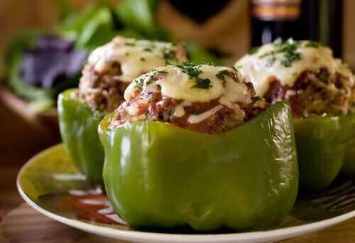 퀴노아로 속을 채운 맛있는 피망순대 만들기