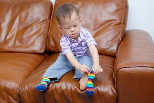 운동 기능 발달: 영유아를 위한 개월별 평가