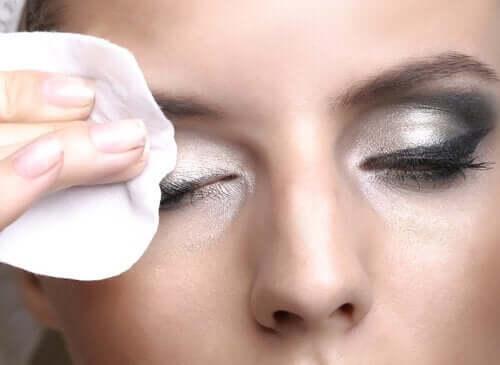 밤 시간 피부 관리 루틴: 7가지 팁
