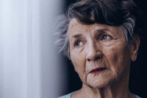 치매와 알츠하이머병의 차이점