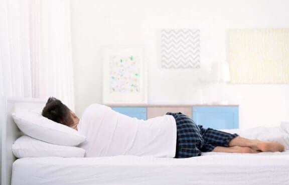 꿀잠을 위해 잘 맞는 매트리스를 고르는 방법
