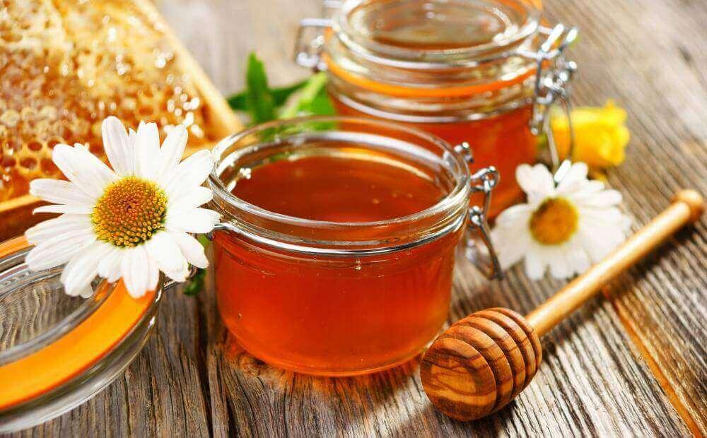 시나몬 꿀차의 미용적 이점과 용도