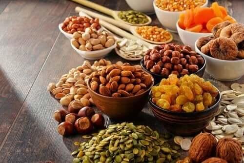 빨간 코 증상을 완화하기 위해 식단에 넣어야 할 7가지 식품