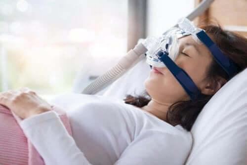 수면 무호흡증의 증상 및 치료