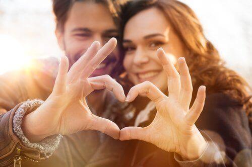 사랑에 빠졌다는 6가지 증거