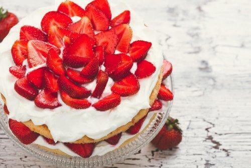 차가운 딸기 케이크 레시피