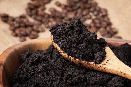 식물을 건강하게 만드는 천연 비료