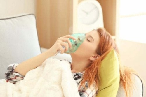 천식 발작의 증상 및 치료