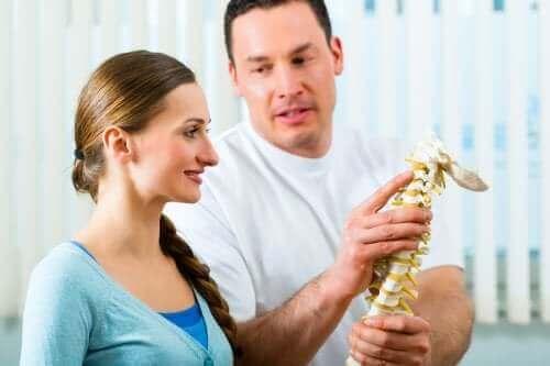 척추 강화 운동 5가지