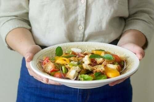 지중해 식단으로 식사해야 하는 10가지 이유