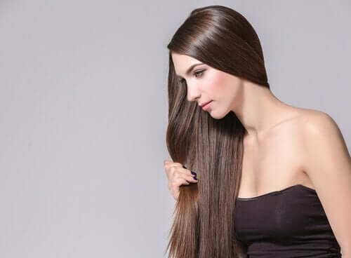 모발 성장을 촉진하는 4가지 허브와 향신료