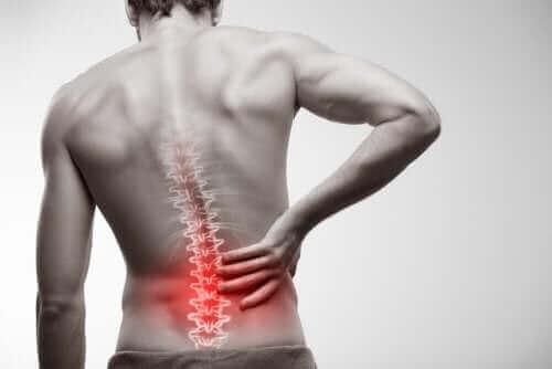 강직성 척추염의 진단 및 치료