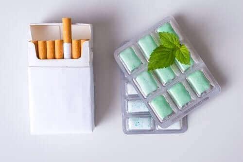 니코틴 껌은 어떻게 사용할까?