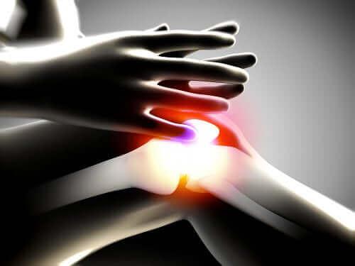퇴행성 관절염의 원인 및 치료