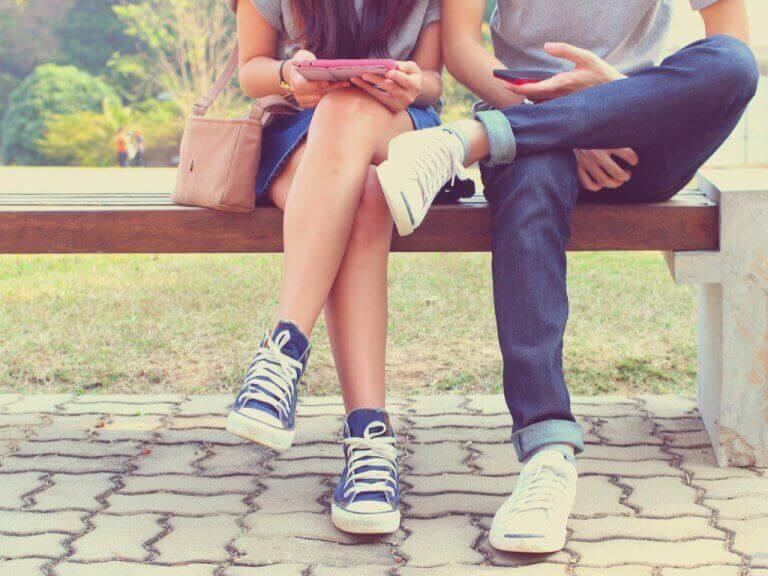 개방적 관계를 시작하기 전에 취해야 할 5가지 단계