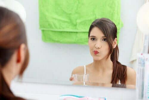 치과 교정을 한 상태에서의 치아 위생의 비결 7가지