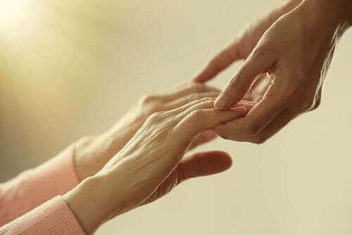 배우자의 죽음에 대처하는 5가지 팁