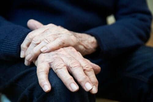 수전증의 원인 및 치료