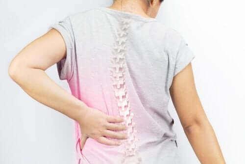 척추측만증을 예방하는 4가지 운동